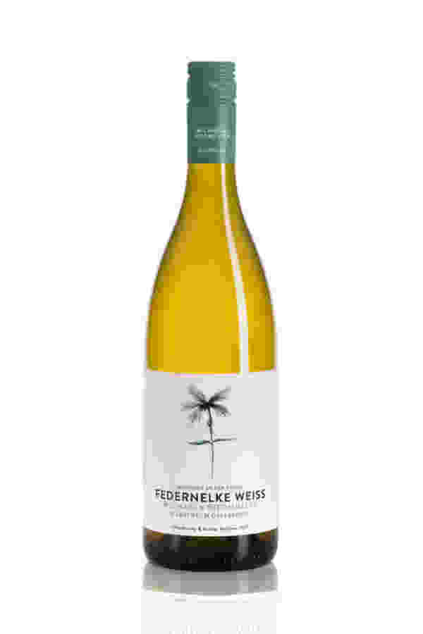 Vinodea | Weinhandlung | Weine von Winzerinnen | Shop | Michaela Riedmüller Federnelke weiß