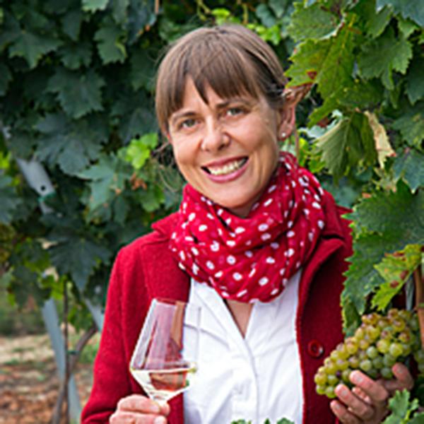 Vinodea | Weinhandlung | Weine von Winzerinnen | Shop | Irmi Stich