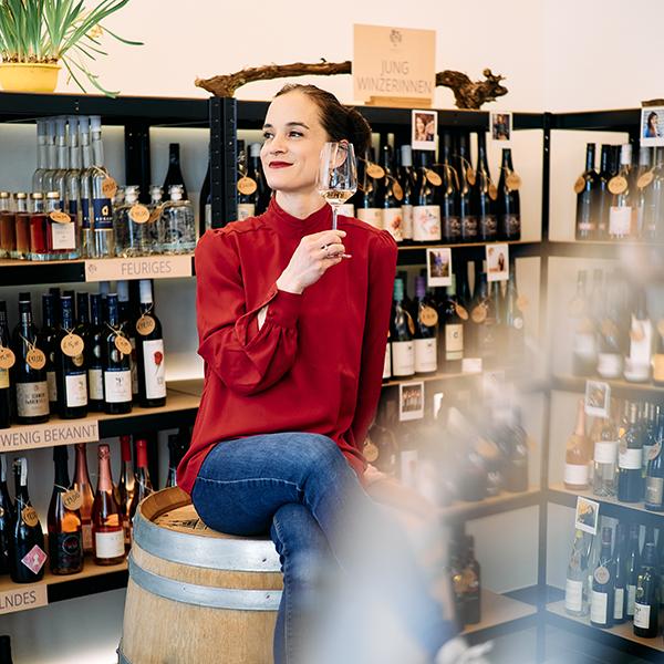 Vinodea | Weinhandlung | Weine von Winzerinnen | Madlaina Sladecek-Dosch
