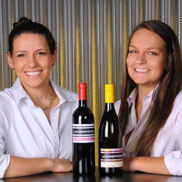 Vinodea | Weinhandlung | Weine von Winzerinnen | Shop | Die Schwertführerinnen